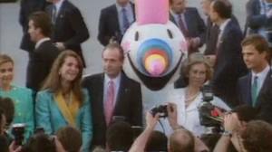 La Familia Real y Curro la máscota de la Expo'92.
