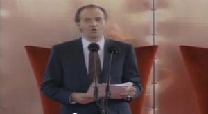 El Rey Don Juan Carlos momentos de proclamar inaugurada la Muestra Universal.