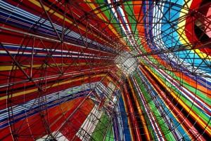 Interior Torre pabellón Unión Europea (Fotografía Bruno Barbey).