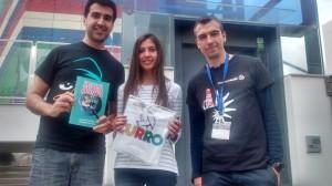 Recogida de premios de el cuarto grupo llamado Agasamasasa.