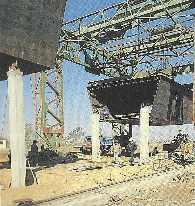 Queda finalizada la construcci n de la pasarela de la - Empresas de construccion en sevilla ...