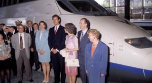 Familia Real en la jornada inaugural del Tren de Alta Velocidad (AVE).