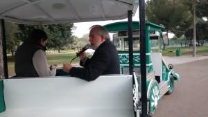 En tren neumático, Adolfo Fernández, director del parque nos explica la historia de este recinto.